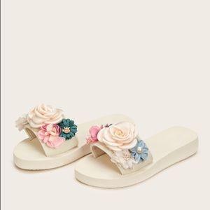 Shoes - Floral Applique Decor Sliders